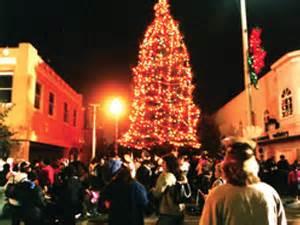 best christmas lights in fullerton a guide to socal s tree lighting ceremonies 171 cbs los angeles