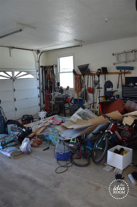 organize garage clutter  idea room