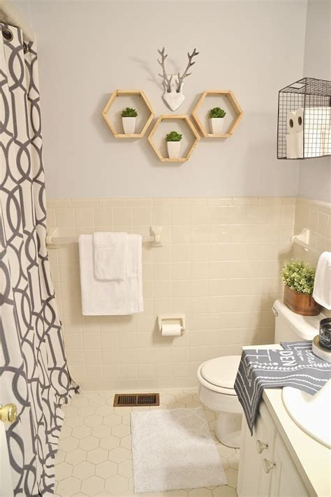 rental bathroom makeover 25 best ideas about rental bathroom on pinterest small