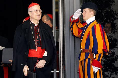 cardinale bertone appartamento bertone accusa gli altri cardinali quot hanno pi 195 185