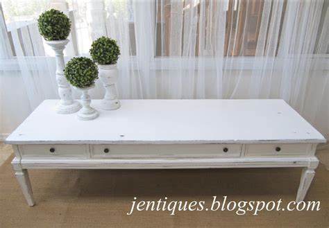 white shabby chic coffee table jentiques white shabby chic coffee table