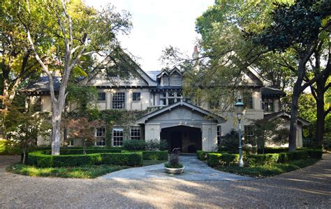 House Dallas by Trammell Estate On Market For 59 4 Million