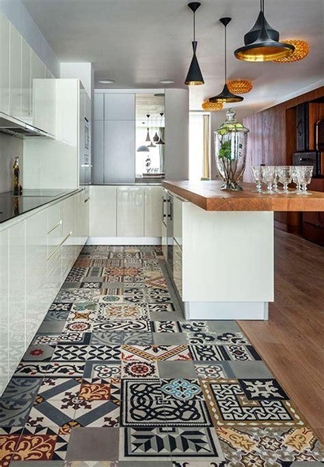 piastrelle per pavimento cucina idee per le piastrelle mix match in stile patchwork