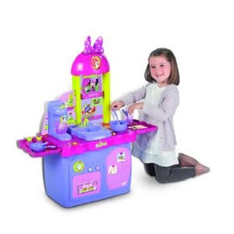 Minnie Mouse Kitchen Playset mickey mouse clubhouse minnie mouse s kitchen playset imc toys minnie s kitchen