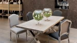 Country Style Dining Room Tables 10 id 233 es d 233 co pour apporter un c 244 t 233 campagne chic au salon
