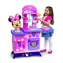 mickey mouse clubhouse minnie mouse s kitchen playset