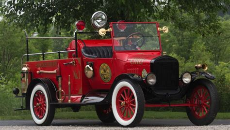 check   gorgeous  ford fire truck ford truckscom