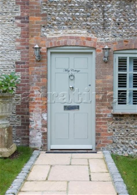 pale green front door rs019 02 light green front door and pathway of wepham