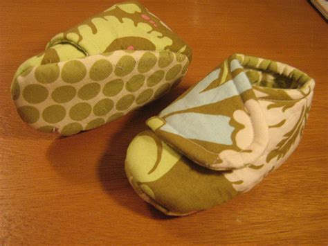 Handmade Slippers Patterns - your fabric place handmade fabric baby booties