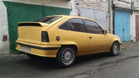 opel yellow opel kadett yellow drive2