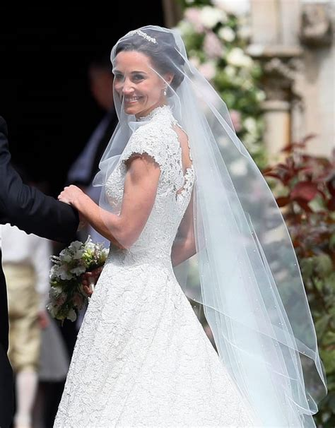 hochzeitskleid pippa middleton pippa middleton wedding dress all the photos all the