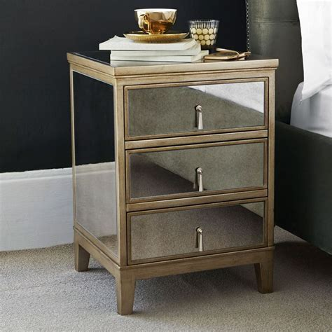 Gatsby Mirrored Bedroom Furniture by 17 Best Ideas About Black Bedside Cabinets On
