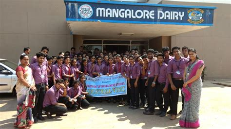 Mba For Engineering Graduates by 1st Year Mba Students Visited Mangalore Dairy Srinivas