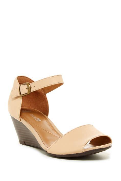 Pearl Wide Width Sandal wide wedge sandals 28 images womens navy wedge comfort