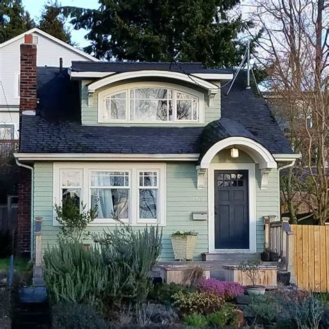 cute cottage homes 1339 best cute houses images on pinterest house