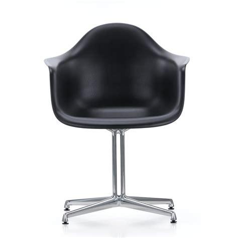vitra eames plastic armchair eames plastic armchair dal by vitra connox