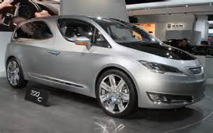 Chrysler 700c Chrysler 700c Concept Front Right Side View Photo 8