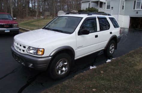 2002 Isuzu Rodeo 2 Door by Buy Used 2002 Isuzu Rodeo S Sport Utility 4 Door 2 2l In