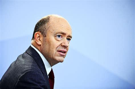 deutsche bank esslingen kommentar zu commerzbank und deutsche bank das dilemma