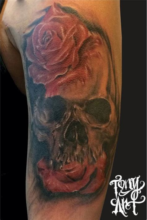 tattoo black and grey with colour black and grey skull skull tattoo tattoo skulls red roses