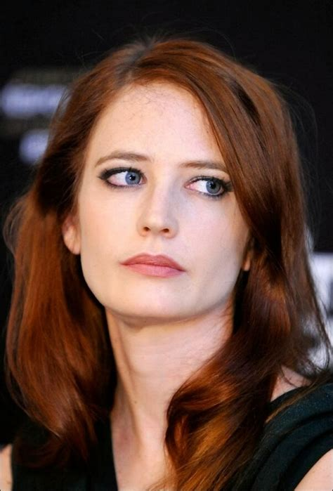 celebrities with green eyes and pale skin best makeup for pale skin and green eyes style guru