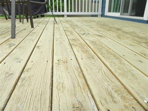 deck stain quality at lowes or home depot best deck stain