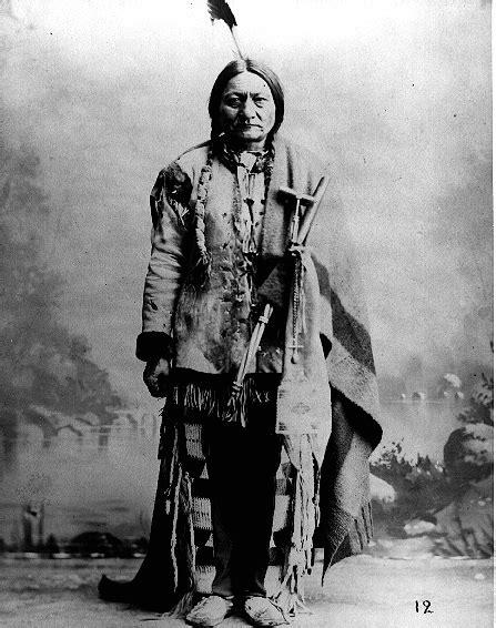 foto toro seduto toro seduto uomo sacro dei sioux www farwest it