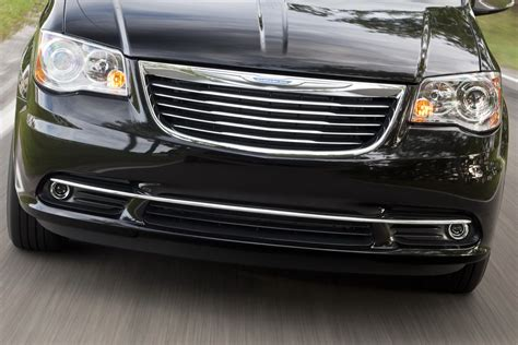 chrysler town and country dimensions 2011 chrysler town and country cargo dimensions