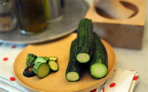 come cucinare zucchine come pulire e cucinare le zucchine soluzioni di casa