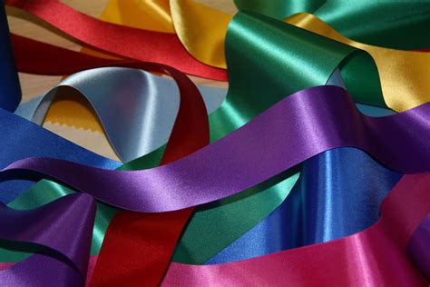 riusaga online the truth behind 3d ribbons