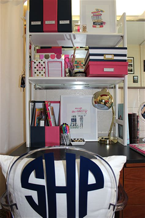Dorm Room Sophomore Year Prep Avenue College Desk Organization