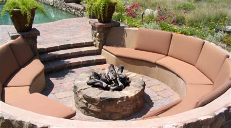building a firepit in your backyard building a fire pit in the back yard stockmonkeys com