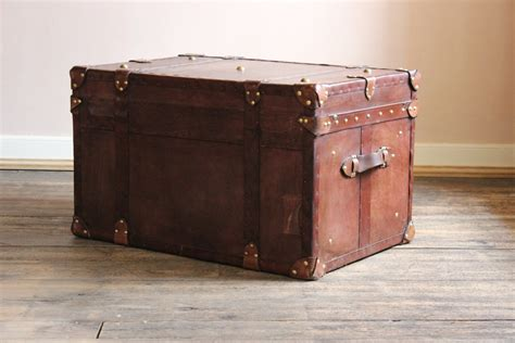 bespoke leather cabin trunk coffee table leather