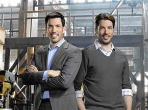 drew scott of hgtv s property brothers is an outlet