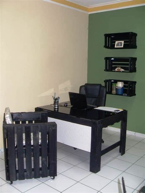 my office furniture made with recycled pallets wooden