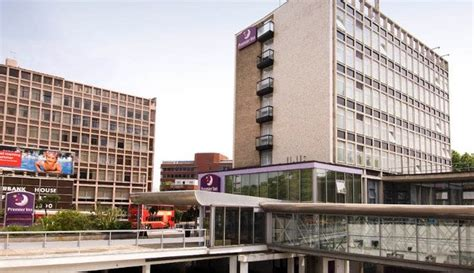 premier inn putney bridge premier inn putney bridge hotels in fulham sw6