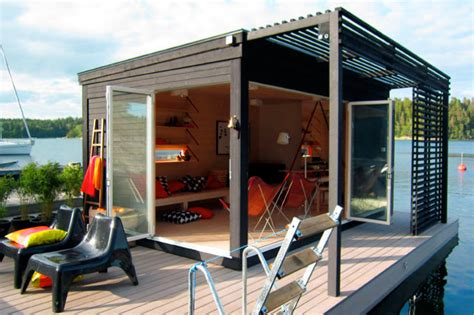 Modern Lake House In Sweden Modern Kenjo Cabin Is A Solar Powered Floating Room For A