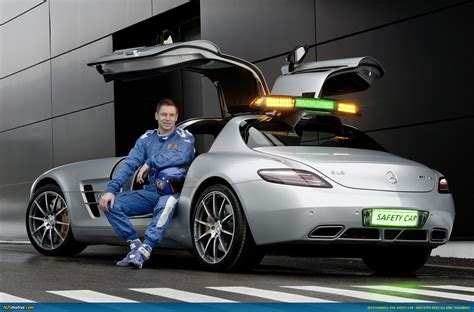 car one ausmotive com 187 f1 safety car gives you wings