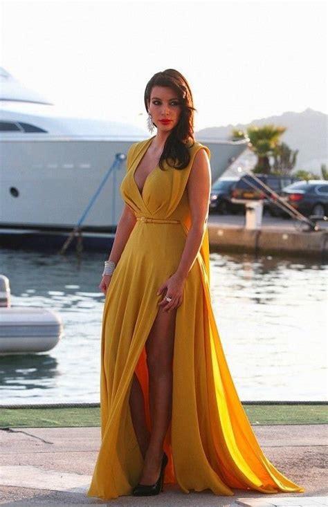 kim kardashian mustard dress how to master mustard color dress accessoriestrend lava360