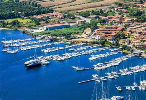 cannigione porto arzachena e cannigione ot turismo e ormeggi