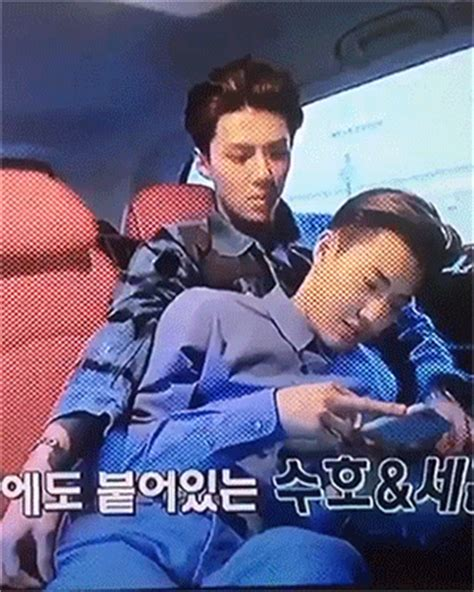 exo second box exo s second box suho and sehun being cute 2 2 exo