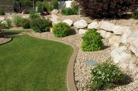 Rock Edging For Gardens Rock Garden Edging Patio Pool Landscaping Ideas Pinterest