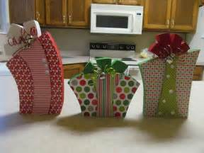 wooden christmas crafts to make find craft ideas