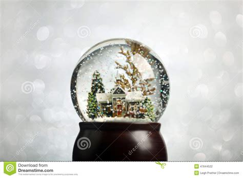 winter scene snow globes snow globe stock photo image 47644522