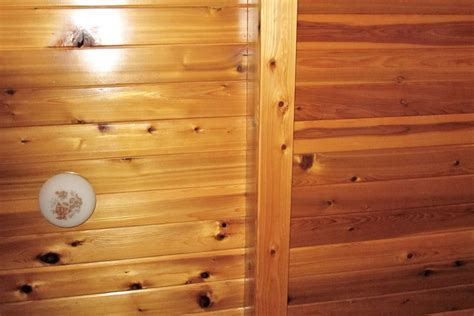 Cedar Wainscoting by Cedar Paneling Cedar Paneling Patterns Prices And Pictures