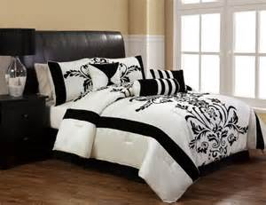 Black And White Bed Sets In A Bag 11pcs Salma Black And White Bed In A Bag Set Bedding Ensemble