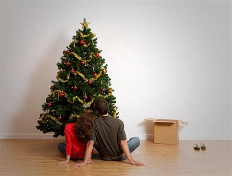 buying guide for artificial christmas tree artificial trees 5 tips for buying the best the money pit