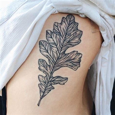 oak leaf tattoo best 25 oak leaf tattoos ideas on fox tattoos