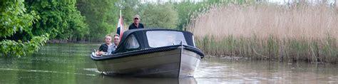 kajuitboot huren biesbosch boot huren in de biesbosch 187 diepstraten botenverhuur