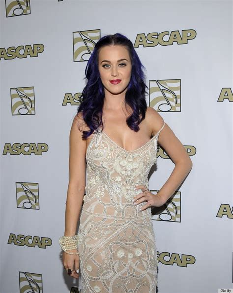 Katy Perry Wardrobe Malfuntion by Katy Perry Wardrobe Comes Dangerously